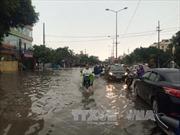 Mưa lớn gây ngập nhiều tuyến đường ở Bảo Lộc, Lâm Đồng