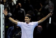 Đánh bại tay vợt số 3 thế giới, Federer đoạt vé sớm vào bán kết ATP Finals 2017