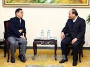 Thủ tướng Nguyễn Xuân Phúc tiếp nguyên Thủ tướng Lào