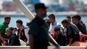 Tây Ban Nha gây tranh cãi khi cho người nhập cư ở tù