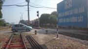 Thi sát hạch lái xe phải thi thực hành 'vượt rào' đường sắt?