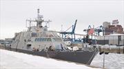 Lý do chiến hạm mới của Mỹ chết cứng ở cảng Canada cả tháng trời