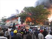 Cháy lớn tại chợ trung tâm ở Quảng Ngãi