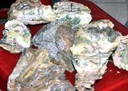Đổi tiền cháy cho tiểu thương chợ Quảng Ngãi
