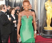 Những trang phục xấu nhất Oscar 2012