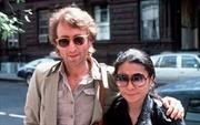 John Lennon mắc chứng cuồng ăn?