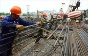 Xây dựng cầu và đường dẫn phía nam cầu Nhật Tân