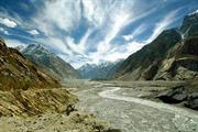 Lở tuyết chôn vùi ít nhất 100 binh sĩ Pakixtan