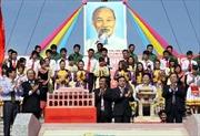 Lễ thượng cờ Thống nhất non sông bên bờ Hiền Lương