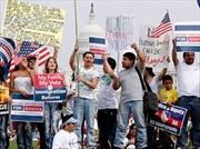 Mỹ tuyên bố ngừng trục xuất người nhập cư trái phép trẻ