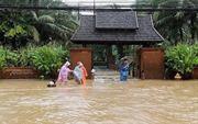 Lũ lụt và lở đất tại Thái Lan và Thụy Sĩ