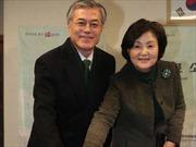 Cử tri Hàn Quốc đi bỏ phiếu mặc giá rét