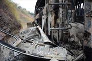 Xe khách giường nằm cháy rụi trên đèo Pha Đin, 16 hành khách thoát nạn