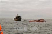 Lật thuyền nan trên biển, 2 ngư dân Quảng Trị mất tích