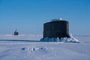 Tàu ngầm hạt nhân Mỹ luyện tập dưới băng ở Bắc Cực