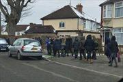 Hàng trăm trường học tại Anh bị đe dọa đánh bom