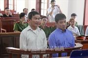 Hoãn phiên tòa xét xử vụ sập cầu Ghềnh, 2 bị cáo được tại ngoại