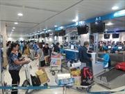 Nên mở rộng sân bay Tân Sơn Nhất ra sao?