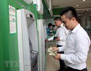 'Ồ ạt' tăng phí giao dịch thẻ ATM, ngân hàng vẫn kêu chưa đủ bù lỗ