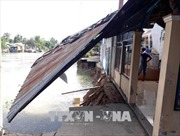 Di dời khẩn cấp dân khỏi khu vực sạt lở tại Vĩnh Long
