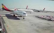 Máy bay Hàn Quốc 'chém nát' đuôi máy bay Thổ Nhĩ Kỳ trên đường băng