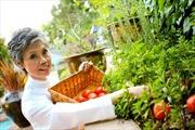 Nữ đầu bếp Việt nổi tiếng ở California, thu hút nhiều sao hạng A