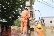 Cơ bản cấp điện trở lại cho người dân vùng ngập tại Chương Mỹ