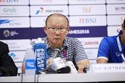 HLV Park Hang Seo không trách Công Phượng dù đá hỏng phạt đền 2 lần