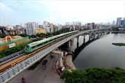 Người dân Thủ đô hào hứng với tàu đường sắt Cát Linh - Hà Đông