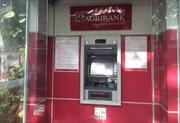 Đến ATM Agribank rút tiền, không cần thẻ