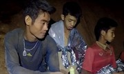 HLV đội bóng nhí Thái Lan có thể là người cuối cùng rời hang Tham Luang