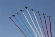 Máy bay trình diễn Pháp 'vẽ' nhầm cờ Nga trong lễ diễu hành mừng quốc khánh