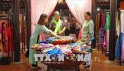 Tôn vinh nghề dệt lụa, thổ cẩm truyền thống Việt Nam- Nhật Bản