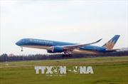 Vietnam Airlines lùi giờ cất, hạ cánh các chuyến bay đến Phố Đông  - Thượng Hải do bão Ampil