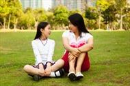 Cha mẹ ứng xử thế nào khi con tuổi teen nhận được lời tỏ tình