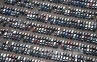 Các tập đoàn công nghệ thách thức nhà sản xuất xe hơi truyền thống