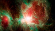 NASA đưa người xem 'bay' qua tinh vân Orion bằng chuyến đi 3D