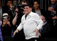 Xem Diego Maradona vụng về của hiện tại, nhớ một thiên tài bóng đá Argentina thuở xa xưa