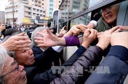 Thân nhân ly tán chia tay đẫm nước mắt tại Triều Tiên