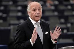 Ngoại trưởng Pháp rời sở nhiệm, mở đường cải tổ chính phủ