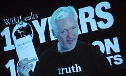 Nhà sáng lập Wikileaks bị cô lập với thế giới hiện đại