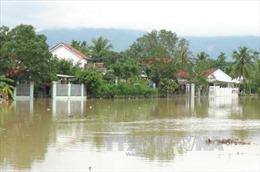 Mưa lũ gây ngập trên diện rộng, nhiều nơi bị cô lập tại Khánh Hoà