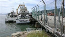 Giải cứu hàng chục hành khách trên thuyền gặp nạn tại Malaysia