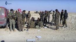 Mỹ cung cấp xe bọc thép cho phe đối lập Syria đánh IS