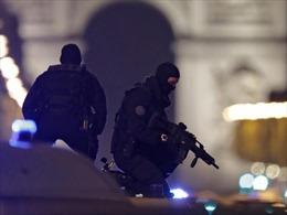 Phần tử IS nổ súng bắn chết cảnh sát Pháp ở Paris