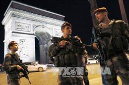 Hung thủ vụ nổ súng ở Paris có mối liên hệ với IS