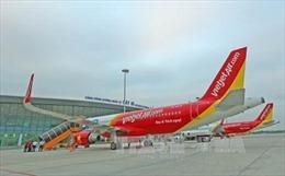 Cấm bay 12 tháng đối với nữ hành khách gây rối trên máy bay