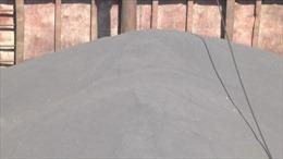 Bắt các tàu vận chuyển trái phép 3.000 tấn quặng ilmenite và 1,3 triệu lít dầu