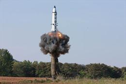 Triều Tiên xác nhận vừa thử thành công quả ICBM đầu tiên