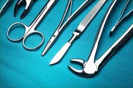 Người đàn ông bỏ mạng trong lúc phẫu thuật làm to 'của quý'